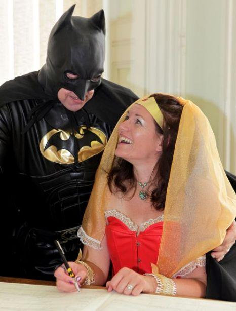 Batman se poroči s tematsko poroko superjunaka Wonderwoman Wonderwoman-6638