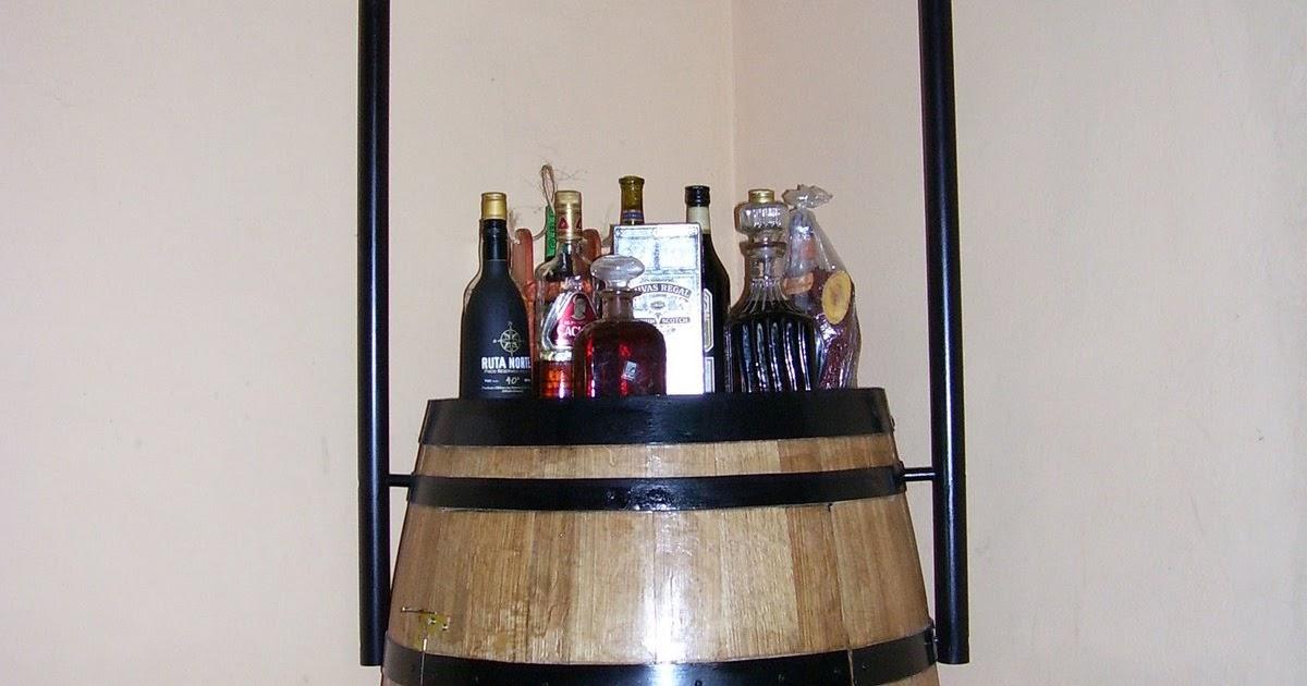 Manualidades en madera bar barril for Barriles de madera bar