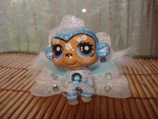 Petshop singe princesse bleu blanc dentelle - Petshop singe ...