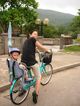 Steph and Keohi bike in Mui Wo