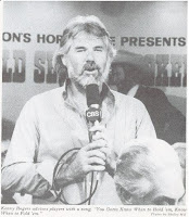 Kenny Rogers singing 'The Gambler' at the 1979 WSOP