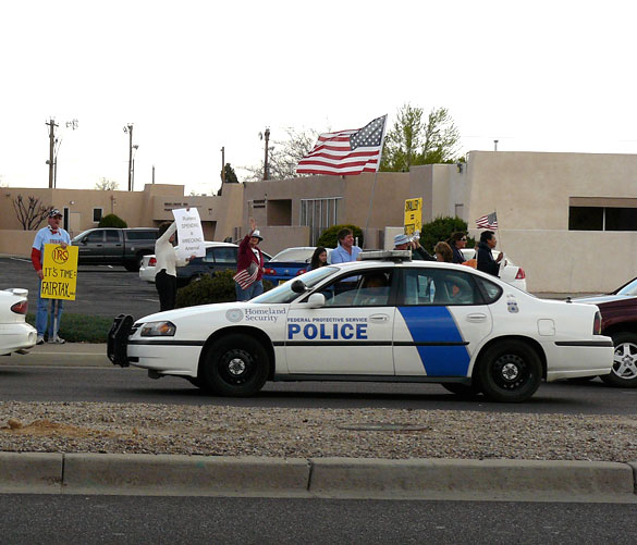 [DHS+Albuquerque,NM+tea+party.jpg]
