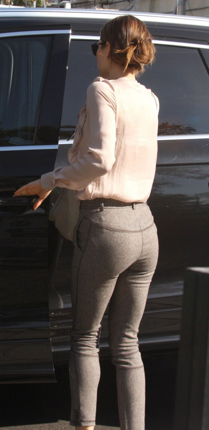 Jessica Beils Butt 11
