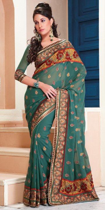 Muslim Bridal Wear | Islamic Wedding Dresses and Ideas: Indian Muslim Wedding Saree Designs
