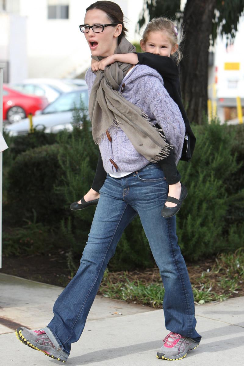 Jennifer Garner Ass 110