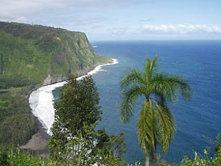 Spectatular Waipio Valley - Hiking Adventure