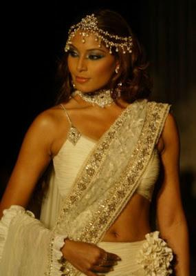 BIPASA BASU INDIAN MOVIE STAR INDIAN ACTRESS