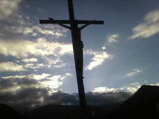 Imagen de poema a Dios jesus crucificado