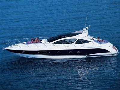 atlantis55 Atlantis Yachts Exemplified Innovation. CUTTING-EDGE TECHNOLOGY