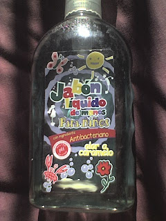 Jabón líquido de manos para niños. Con olor a caramelo.