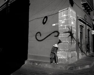 Christmas Day, San Miguel de Allende, Mexico, 2005 © Susana Raab