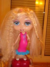 mis amigas me están mandando muñecas para expo GLUGLUDOLL