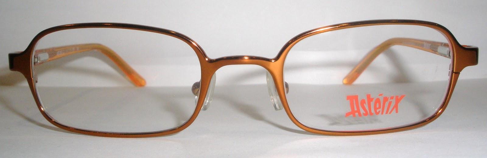 1d85a58225999 A linha da ASTERIX garante, quando a armação dos óculos de grau da minha  filha quebrou, eles prontamente ofereceram uma novinha. Abaixo veja quanto  graciosa ...