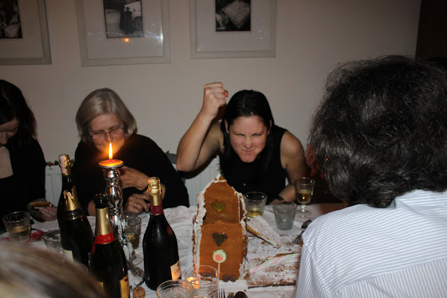 Smashing the gingerbread house, New Year's Eve supper club