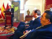 Sucesivos representantes de la cultura y la política participaron en la lectura de la obra. Efe