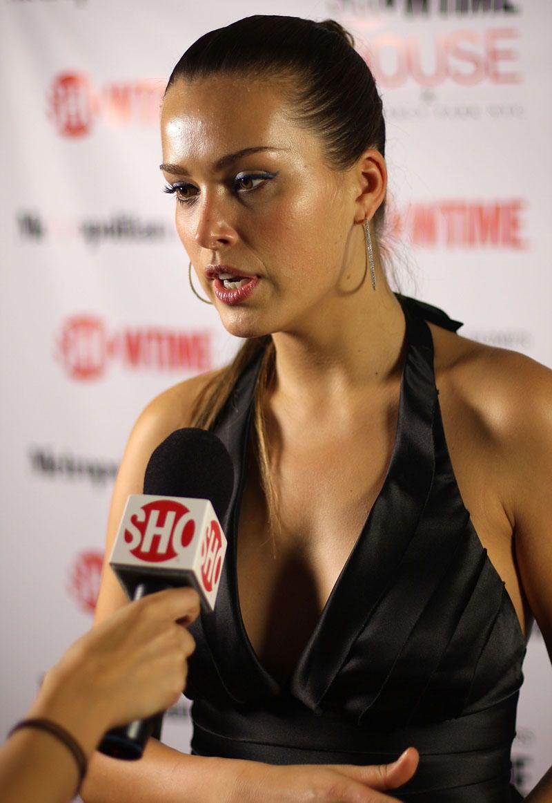 beautiful girls: Petra Nemcova Is Back To Being A Hottie