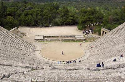 external image Teatro+de+Epidauro.JPG