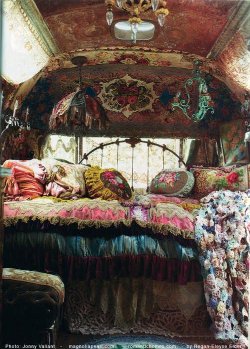 Gypsy Decor Style Tips And Pics: Gypsy Caravan Interior Design