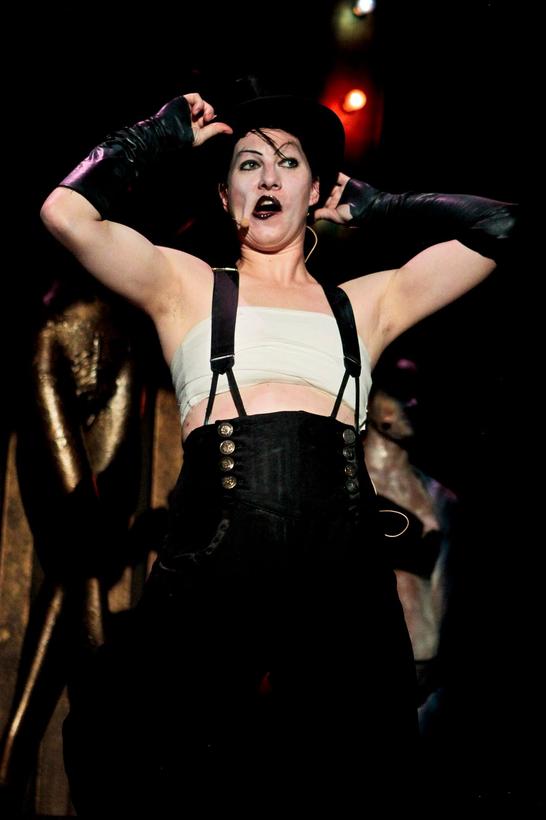 Review: Cabaret (Light Opera Works) : Chicago Theater Beat