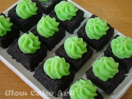 Resep Cake Pisang Ncc Fatmah Bahalwan: Mommy Cake And Cookies ( GLOW CAKE ART ): Bolu Kukus Ketan
