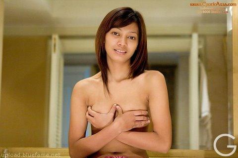 Model Indo Bugil Mia Larasati