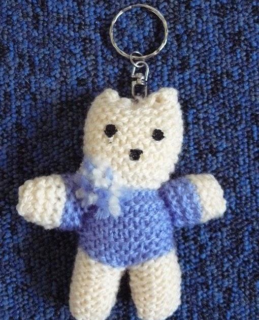 Petits doigts de f e tricot jouet un porte clef chat - Clef a laine ...