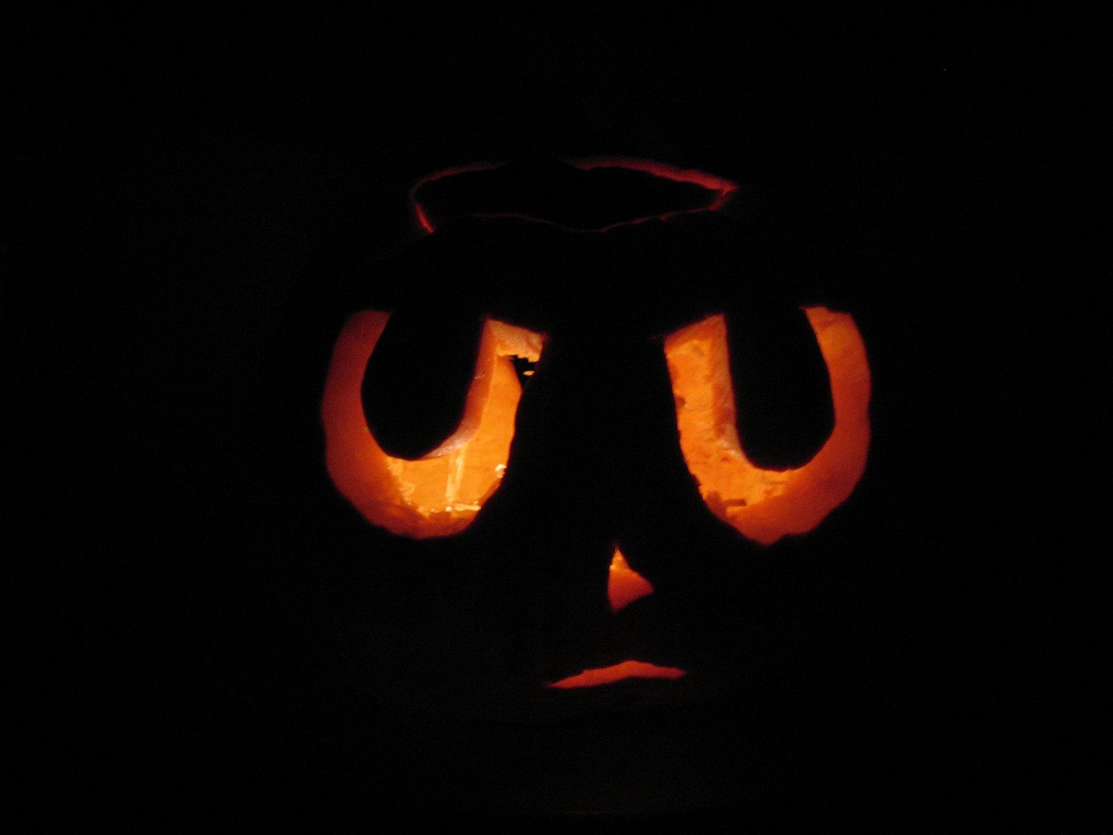 [pumpkincarve07+004.jpg]