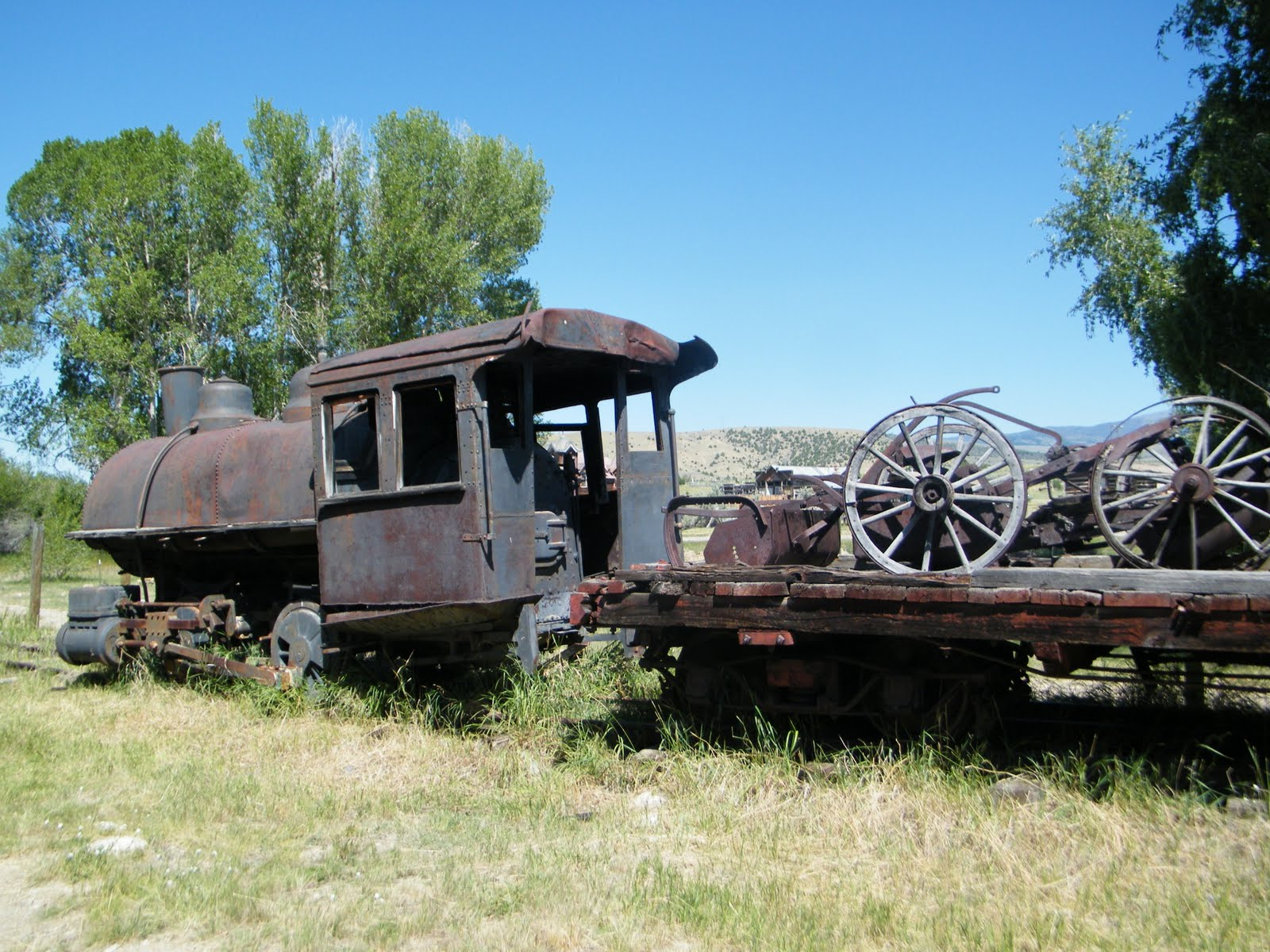 Una Montaña Nevada: Nevada City Ghost Town & Helena