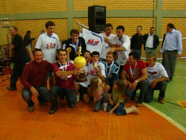 eff3396f27c6e O prefeito Dorildo Pegorini parabenizou a Comissão Organizadora que  realizou estes jogos e afirmou que o município está de parabéns.