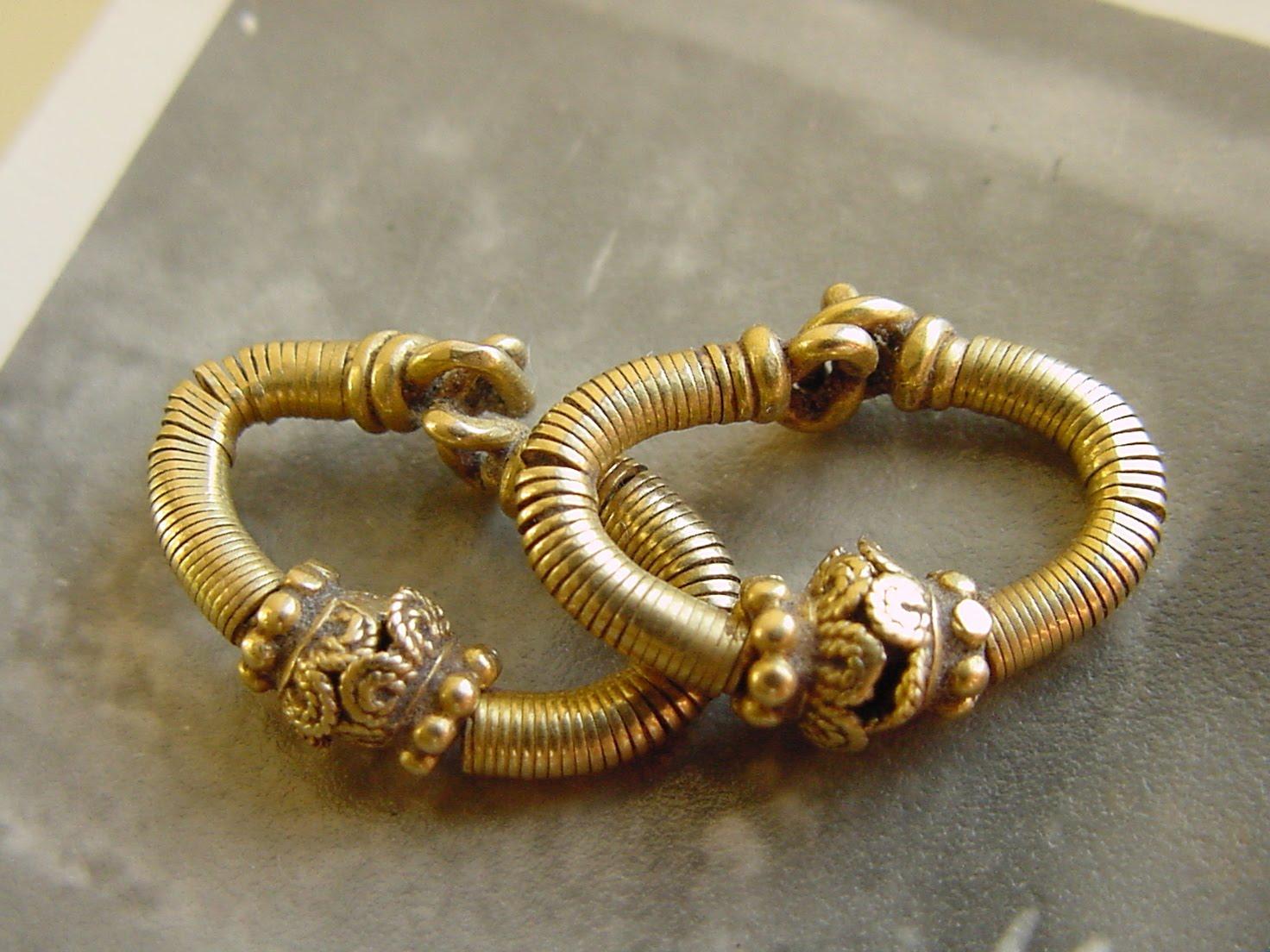 Jcs 108 Indian Earrings