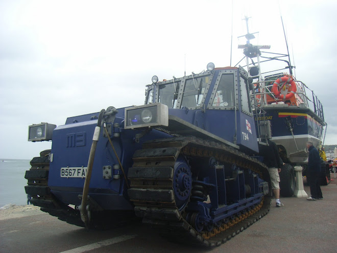 Tractor RNLI  M3 ( Royal National Lifeboat institute)