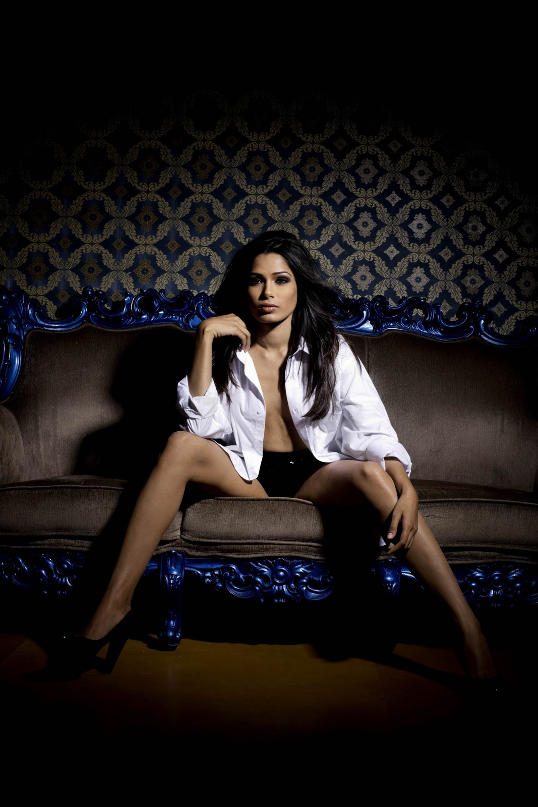 south stylish: 'Freida Pinto' Hot Photo Shoot