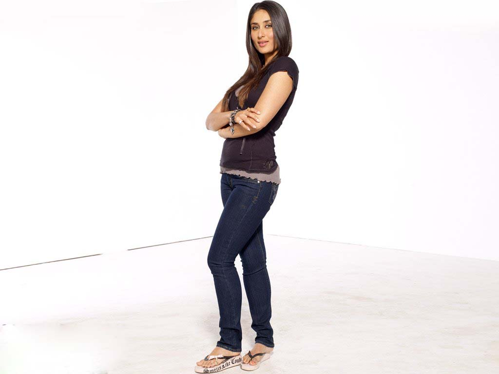 Kareena Kapoor Beauty Tips and Diet Secrets Revealed