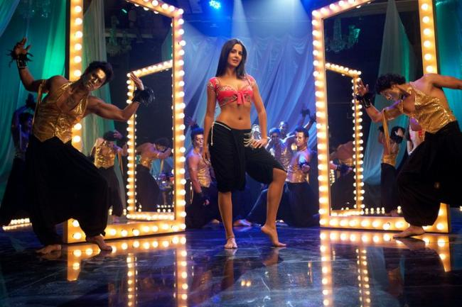 Hot Katrina Kaif in Tees Maar Khan Wallapers ~ BOLLYWOOD ...