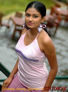 sri lankan woman