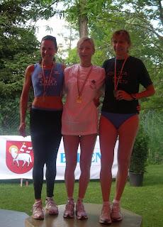 Podio 400m. MF45 - Gabriella Ramani seconda, Mirella Giusti terza