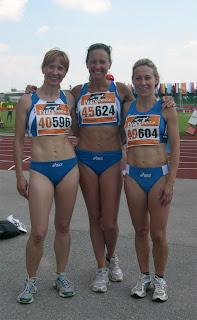 Le finaliste Rosa e Gabriella con Paola Pascon (al centro)
