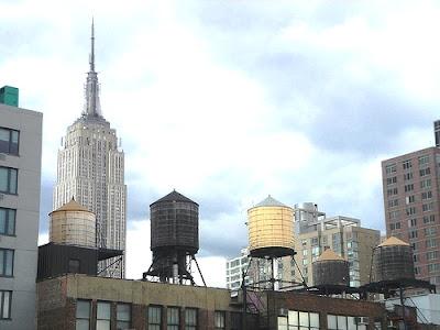 el sistema de suministro a travs de depsitos se estableci en la ciudad de nueva york a principios del siglo xix la ley oblig entonces a los primeros