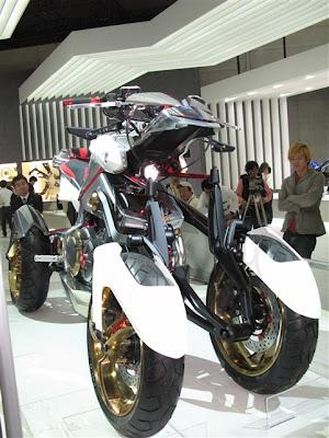 at tokyo motor show 2007