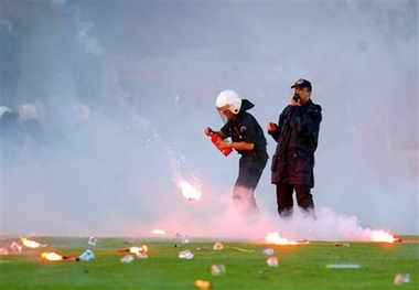 [capt.ist10205201253.turkey_soccer_ist102.jpg]