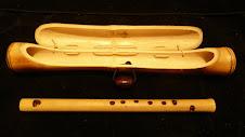 Flauta doce de bambu com estojo do mesmo material