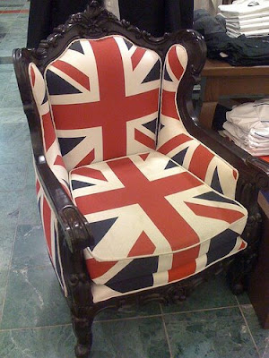 Union Jack chair from Ben Sherman store in Macyu0027s. & LOVING MY JET LAG...: The Union Jack ~ A British Classic