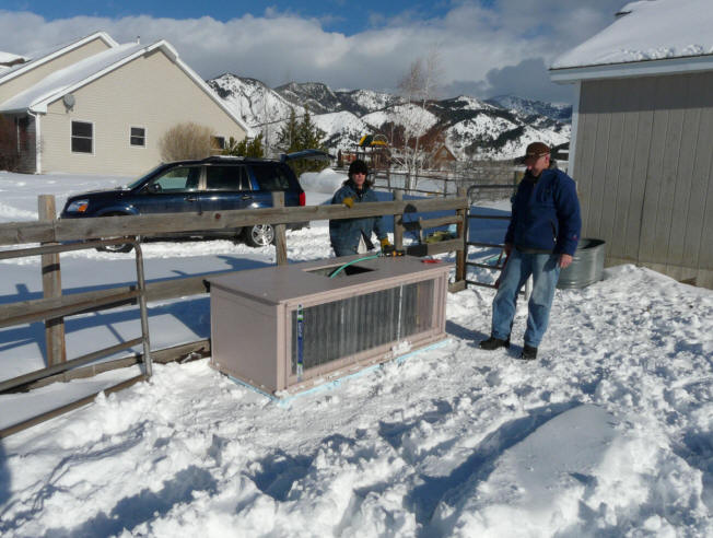 Build It Solar Blog Our Solar Heated Stock Tank In Mother
