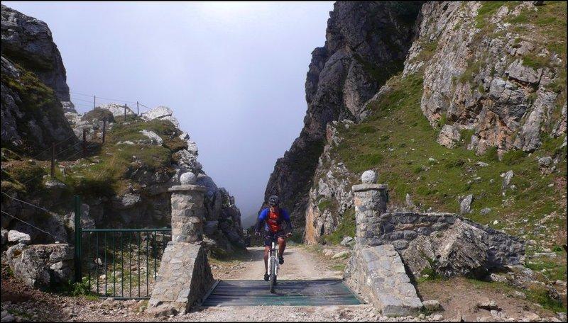 Club ciclista ferrol fotos 878e8a61e666
