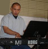 Edson Martinez Pianista de La Orquesta