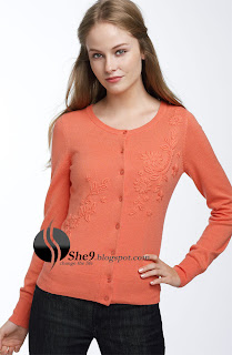 6967fb2f67 Women s Solid Pullover Sweaters in maroon color gives attractive look for  impress. You can wear this inevening parties. Such type of Sweaters can be  used as ...