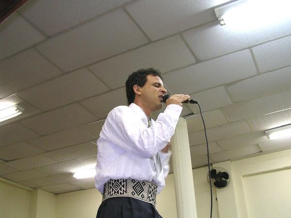 Cantando na Comunidade Sara nossa Terra