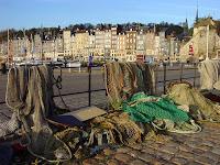 gîtes en Normandie filets de pêche port honfleur