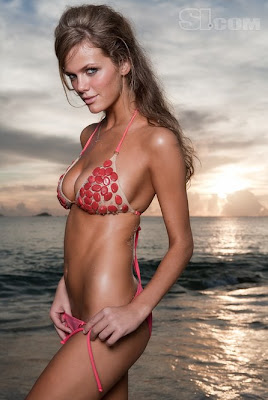 Brooklyn Decker Big Boob Nude Bodypaint Pictures From The