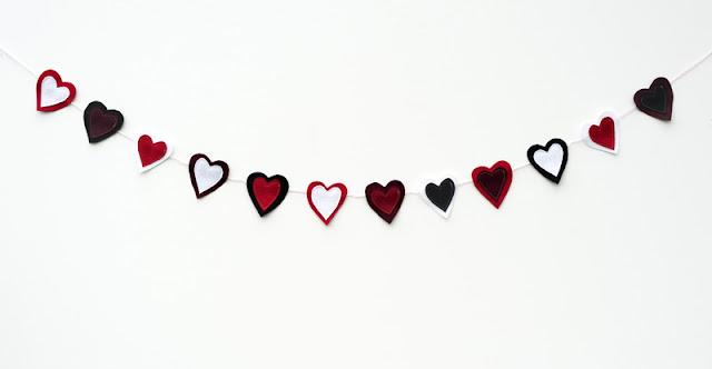 Resultado de imagen de tira de corazones